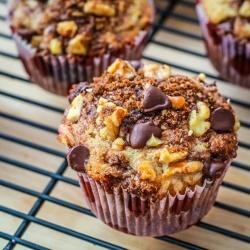 banana chocolate muffins by sallysbakeblog