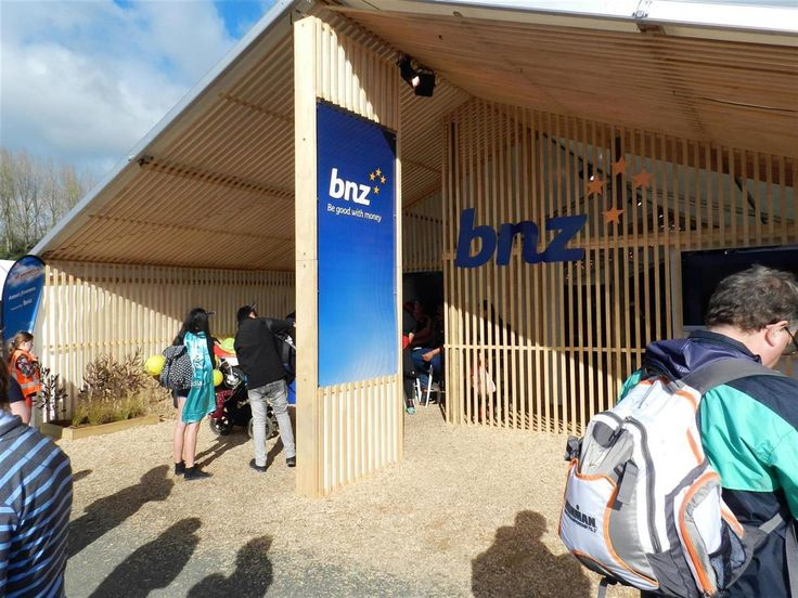 BNZ NATIONAL FIELDAYS 2015  Another year with BNZ, we came up with the omni-directional solution to differentiate BNZ presence from the event.   Sit down and have a chat, more agribusiness insights will come soon.  - See more at: http://www.degroup.co.nz/portfolio#exhibition