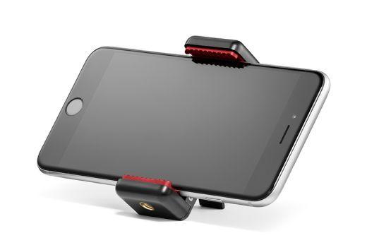 http://www.jama.fr/boutique/fr/prise-de-vue/accessoires-pour-smartphone-47/accessoires-pour-smartphone-281/manfrotto-pince-universelle-pour-smartphone-avec-pas-de-vis-1-4-3691