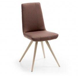 Scudo2 stoel  - Bruin stof - Creme onderstel - Laforma-Kave Maak je eetkamer compleet met deze strakke eetkamerstoel! De Scudo2 heeft een hoge zithoogte waardoor deze stoel perfect geschikt is voor jouw lange benen. De eetkamerstoel is gestoffeerd in PU leder.