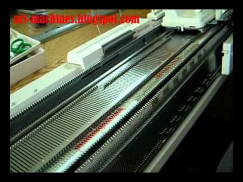 Переплетение на базе ластика с роспуском петель выполняется на двух фонтурах. Можно получить путем сбрасывания и роспуска петель...