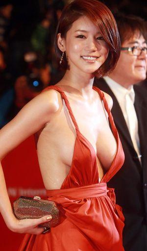 【美巨乳】韓国女優オ・イネ(オ・インヘ)のヌードな濡れ場情報と画像 - NAVER まとめ