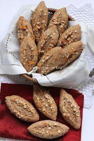 Receta extraída de la revista nº 54 de Vorweck Thermomix... Ingredientes: 300 grs de harina integral de trigo ...