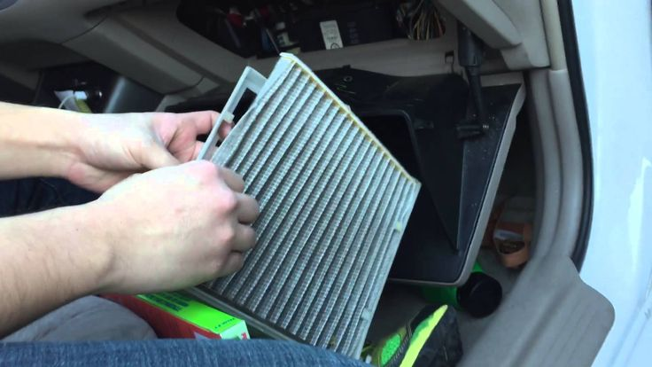 Toyota Camry in cabin air filter replacement DIY 2002 2003 2004 2005 2006