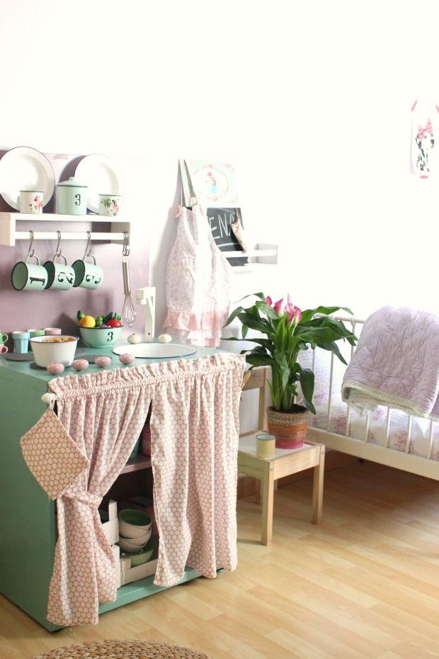 31 besten kinderzimmer bilder auf pinterest kinderzimmer ideen spielzimmer und m dchenzimmer. Black Bedroom Furniture Sets. Home Design Ideas