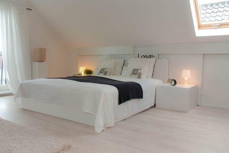 slaapkamer inrichten schuin dak: zolder slaapkamer inrichten., Deco ideeën