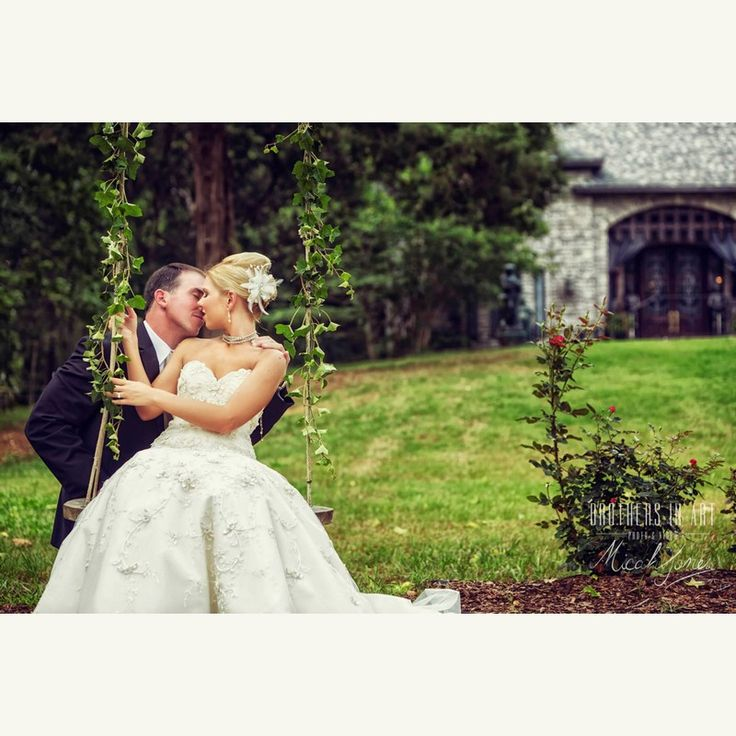 new england wedding venues on budget%0A Alicia and Donithin at the Alabama Wedding Venue  The Sterling Castle   Photo Four