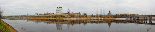 Панорамный вид Псковского Кремля., Freelance.Discount