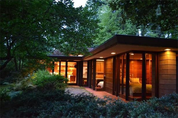 Frank lloyd wright s brandes house built in 1952 in for Usonian house plans for sale