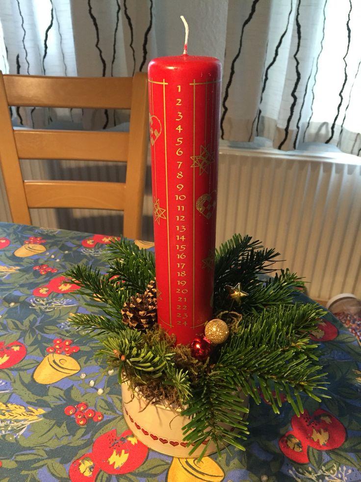 Juledekoration i kagedåse