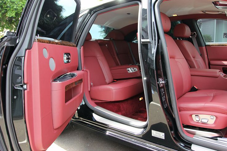 Just arrived at Clayton Bespoke: 2010 Rolls-Royce Ghost