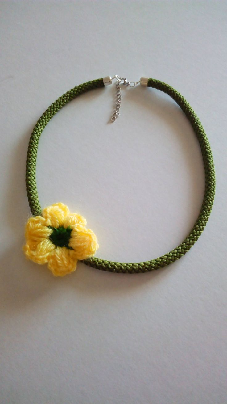 Beautifull handmade rope necklace with crocheted flower , Necklace with nautical rope decorated with crocheted flower by AnnasYarnAccessories on Etsy