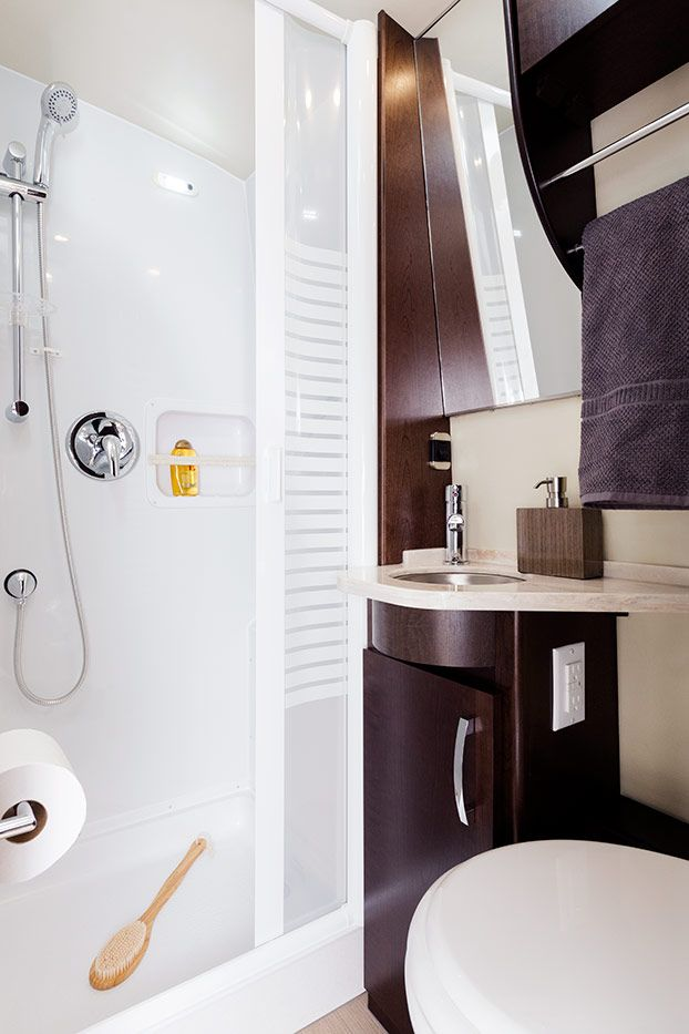 Luxe rv leisure serenity pinterest brown cabinets brown and cream - Van plan corian ...