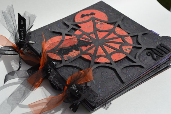 Disney Halloween Mini Album would make a great autograph book