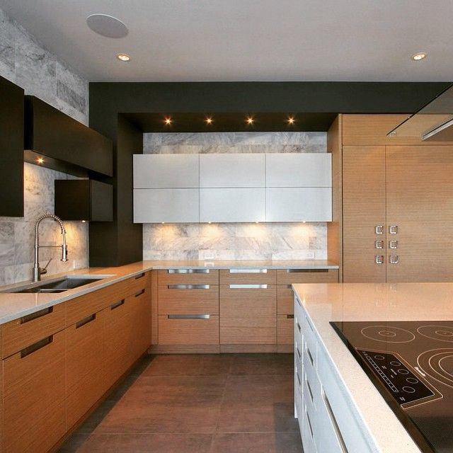 Mix and match custom-made cabinetry. Now this is how you make a statement! #design #kitchen #kitchendesign #custommade #cabinets #home #interiors #interiordesign #interioraddict #phoenixkitchenwork #kelowna #wood #natural #light #cooking #dreamkitchen