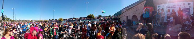 Día de la Bicicleta en San Fernando organizado por el Centro Comercial y de Ocio Bahía Sur, El Corte Inglés y el Ayuntamiento de San Fernando, celebrado el 8 de noviembre de 2015.