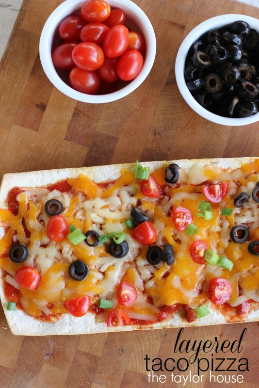 Delicious and easy to make layered taco pizza recipe #HormelPizzaReady
