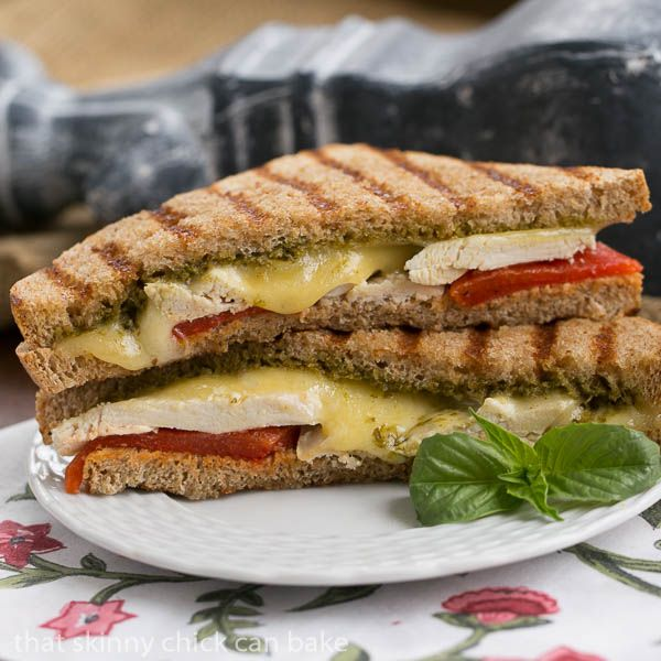 Chicken Pesto Grilled Cheese | An over the top grilled cheese sandwich #SundaySupper #GalloFamily