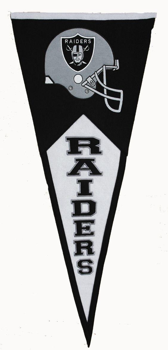 Oakland Raiders Classic Wool Pennant