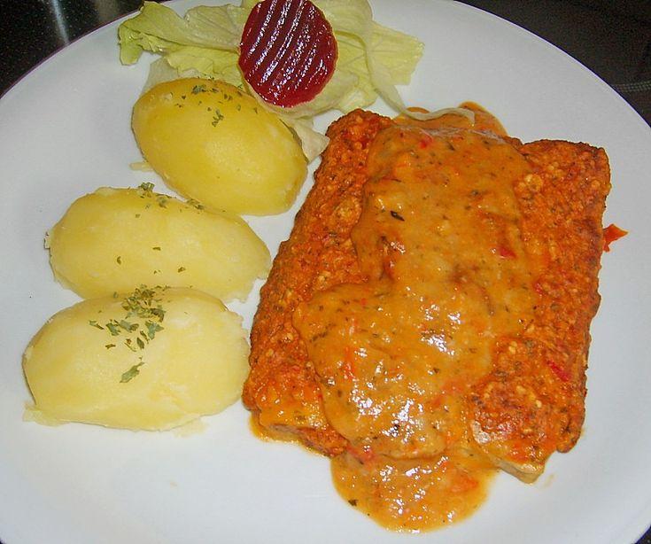 Fisch mit Paprika – Zwiebel – Sauce