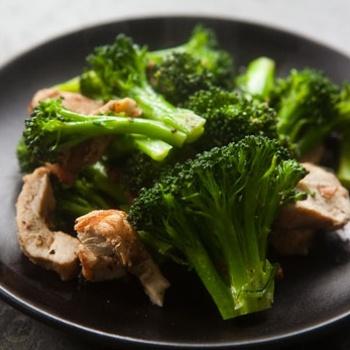 Broccoli, Chicken, And Almond Saute Recipes — Dishmaps