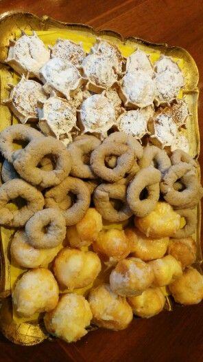 panchetta contenitore : Pardule di ricotta e formaggio biscottini al vino rosso pirikitus