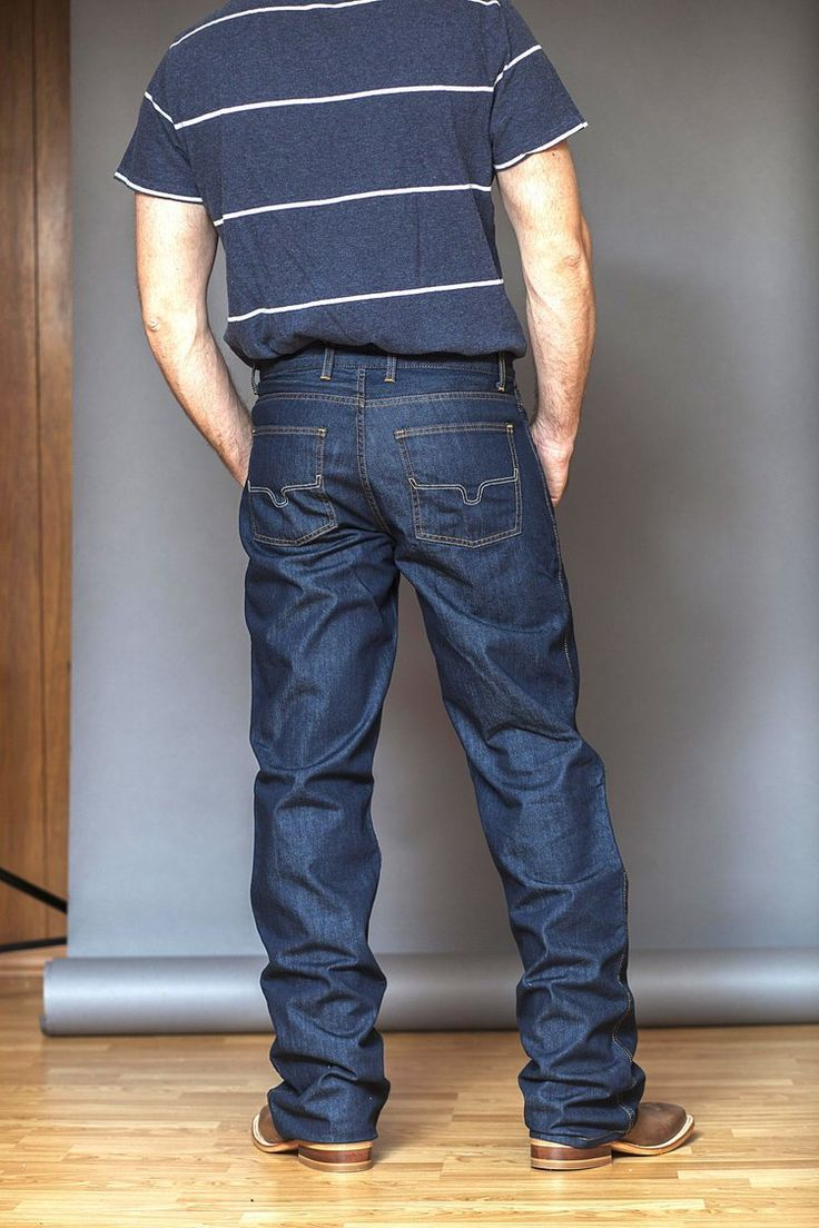 Chuck in 2020 ripped jeans men cool outfits kimes ranch