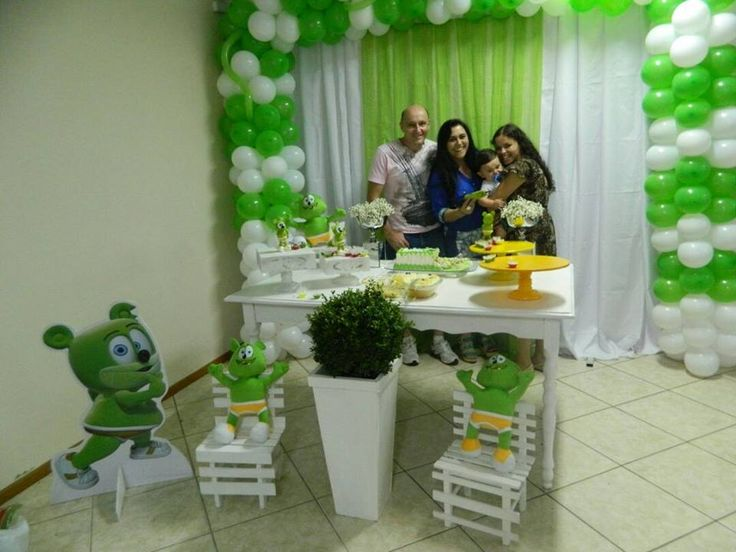 Feliz Aniversário Vinicius! - http://www.thegummybear.com/2015/02/06/feliz-aniversario-vinicius/ - birthday, birthday party, feliz aniversario, gummibär, gummy bear, happy birthday, party, ursinho gummy