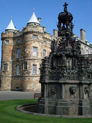 "NOT ""Edinburgh Castle, Edinburgh, Scotland."" Nope. Holyrood Palace"