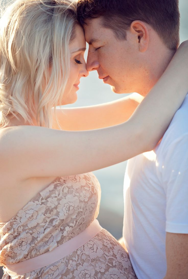 Gold Coast Maternity Session, such a beautiful couple.