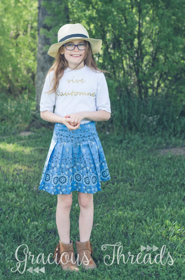Miriam pleated skirt sewing pattern sewn & reviewed by Gracious Threads