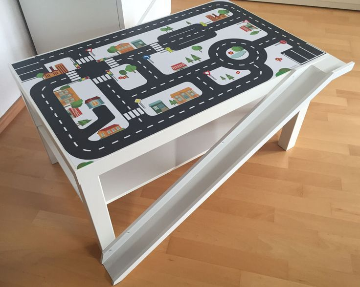 Straßentisch mit Rampe. Toller IKEA Hack eines Kunden von Limmaland.
