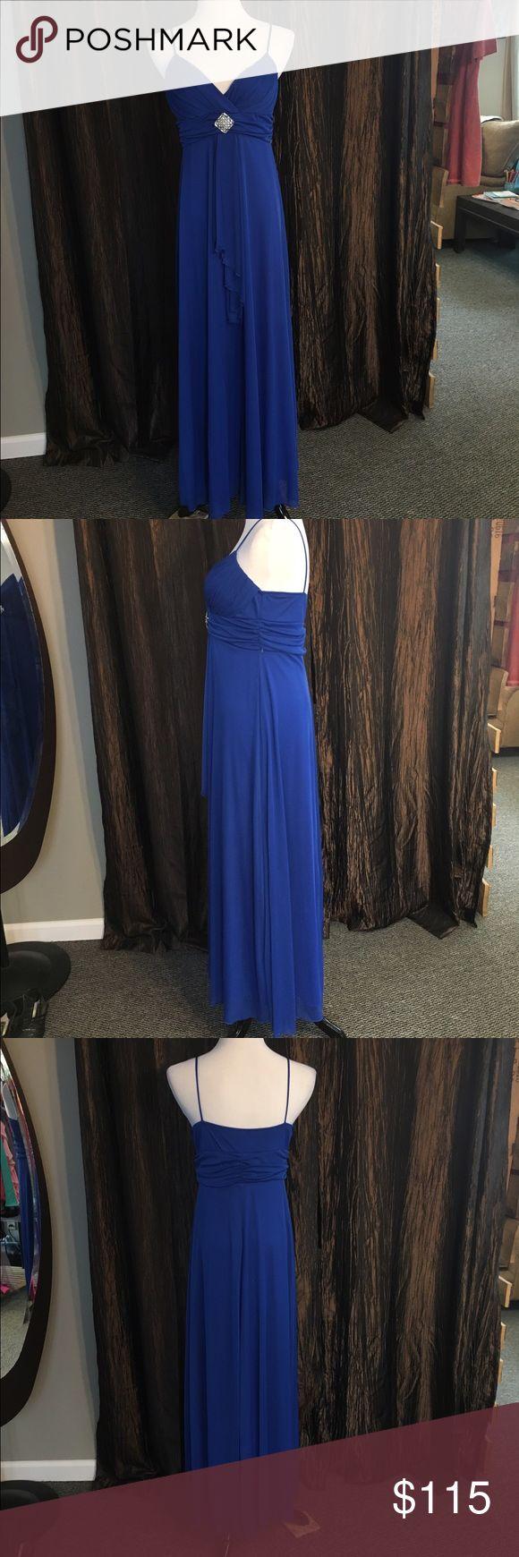 B smart long dresses 40s