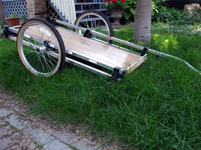 """DIY bike trailer. Click for complete instructions, and visit the Slow Ottawa 'Make It"""" board for more great sustainable design."""