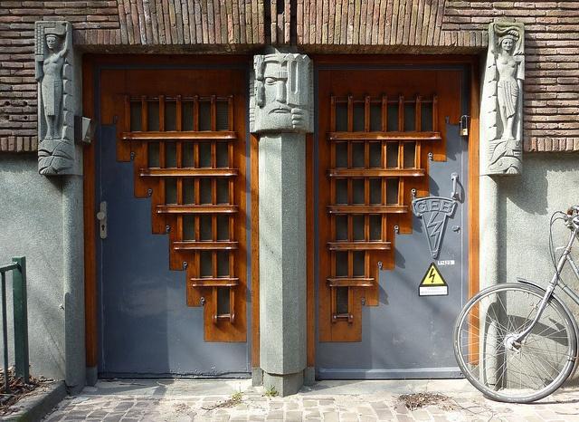 Side Door Scheepvaarthuis, Amsterdam