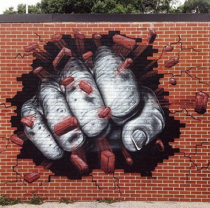 L'artiste des rues doit savoir taper du poing ! / Street art.