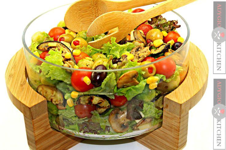 Salata de vinete cu branza provolone - Adygio Kitchen #adygio #adygiokitchen #salate #retete de salate #salads recipes