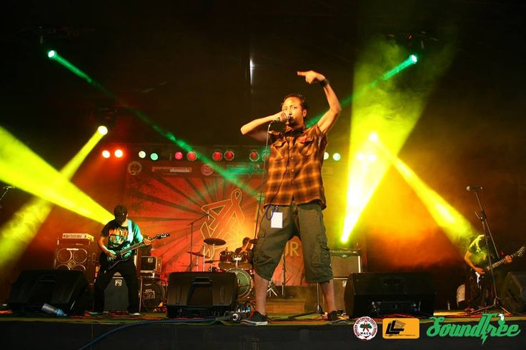 Blood Brothers Vocalist: Heipormi Dhar, Guitarist: Heimonmitre Dhar and Guiding Nongrum, Bassist: Willingly Syngkrem, Drummer: Prosperwell Dhar