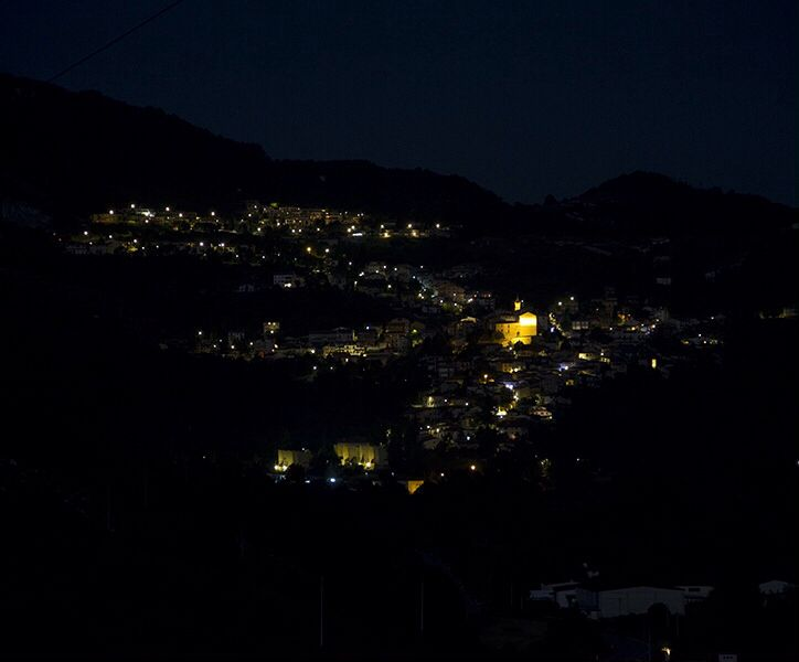 In #Abruzzo on #Tiburtina, in the night, the lights of Sante Marie create the shape of #Italy