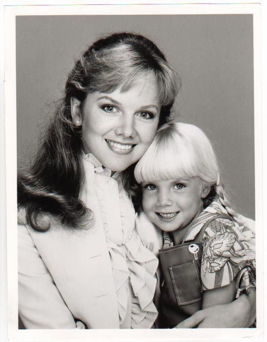 """Heather O'Rourke and Linda Purl in """"Happy Days"""" photo gallery"""