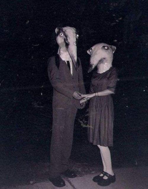 vintage everyday: Incredibly Bizarre Vintage Halloween Costumes