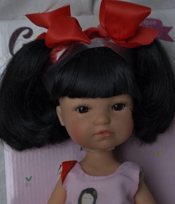 Realistická panenka - holčička Gretta-černé vlasy od firmy Berjuan