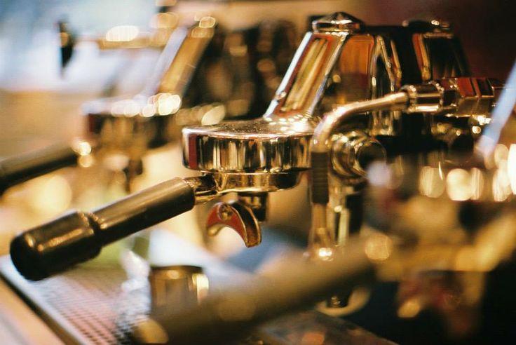 D-E barista machine