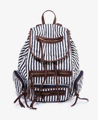 Which Is Better Shoulder Bag Or Backpack 45