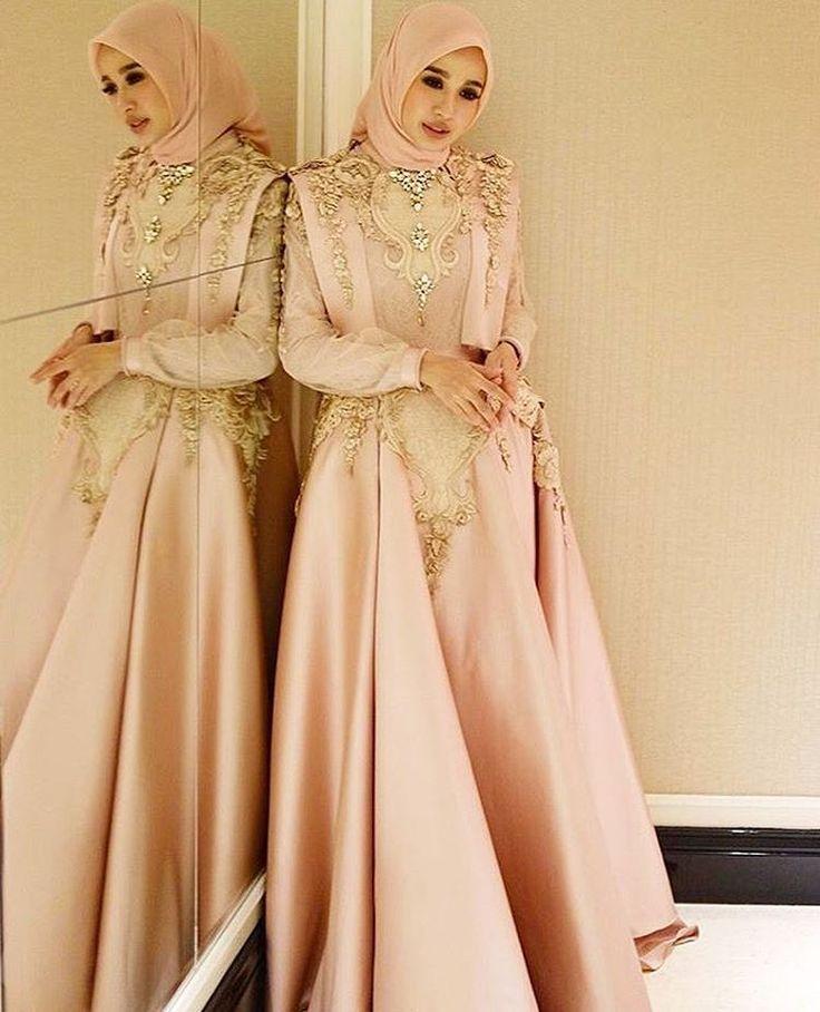 Inspired by @laudyacynthiabella ���� . . #inspirasi_kebaya_muslim #inspirasikebaya #muslimwedding #weddingdress #hijabstyle #dresshijab #dressmuslimah #dresscantik #bajukondangan #kebayakondangan #designerindonesia #kebayacantik #kebayamuslim #kebayamodern #kebayaindonesia #kebayawisuda #kebayapesta #kebayanikah #kebayabridesmaid #kaftan #kaftanindonesia #kaftancantik #kebayapastel #kebayadress #kebayapengantin http://gelinshop.com/ipost/1520042820487336708/?code=BUYRuRGh9ME