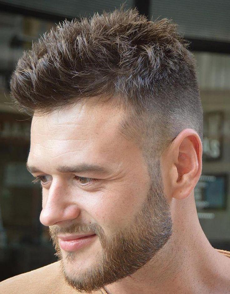Dans cet article, on va vous révéler les dernières et meilleurs tendances des coupes de cheveux pour homme. Pour cette nouvelle saison 2017 découvrez notre sélection des 50 meilleurs coupes !