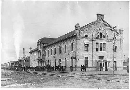 C.P.R. station, Winnipeg, MB,1884----vintage everyday: Old Photographs of Canada from 1858-1935