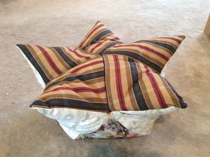 Starfruit Medtation Pillow.  Lotus Meditation Pillow.  This is a variation of the Lotus Meditation/StarFruit meditation pillow.  Mom figured out how to piece the five pointed star, and use the same triangle for each quilt block.  She is real good at figuring out quilt blocks, so this essentially is a 3D quilt block.  Next one needs to have buckwheat hulls for stuffing!  Really cool! #Medtationpillow #yogapillow #starpillowyoga #yogameditationpillow
