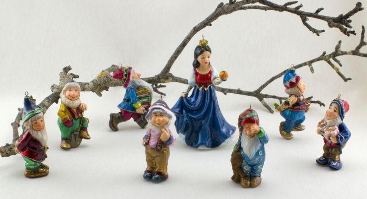 Komozja Family Co - Snow White and the Seven Dwarfs