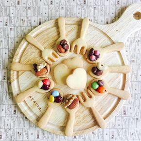 クッキー型の種類は多いけれど、100均などのスプーン型で作るクッキーが可愛いと評判です。インスタグラムでも色々なデコレーションがアップされることで、その人気もうなぎ登り。どんなバリエーションが出来るんでしょう?